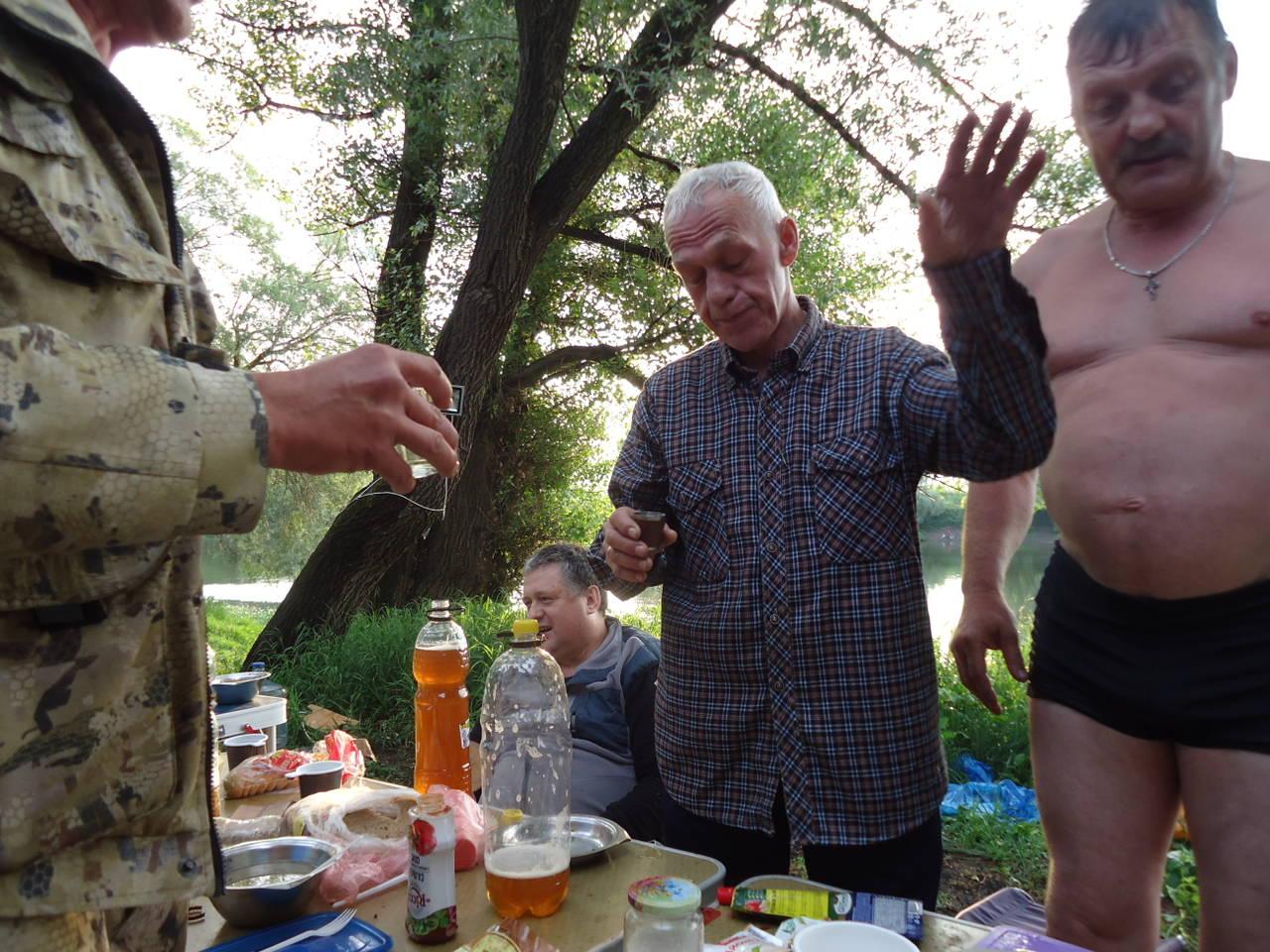 http://s9.uploads.ru/AU39f.jpg