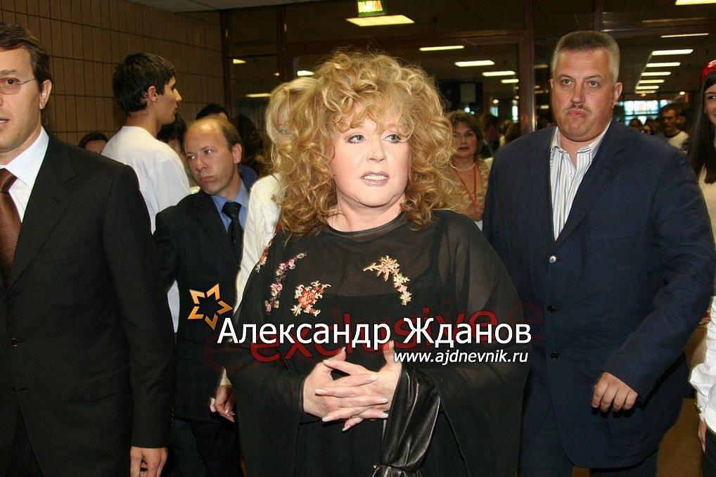 http://s9.uploads.ru/LB2MN.jpg