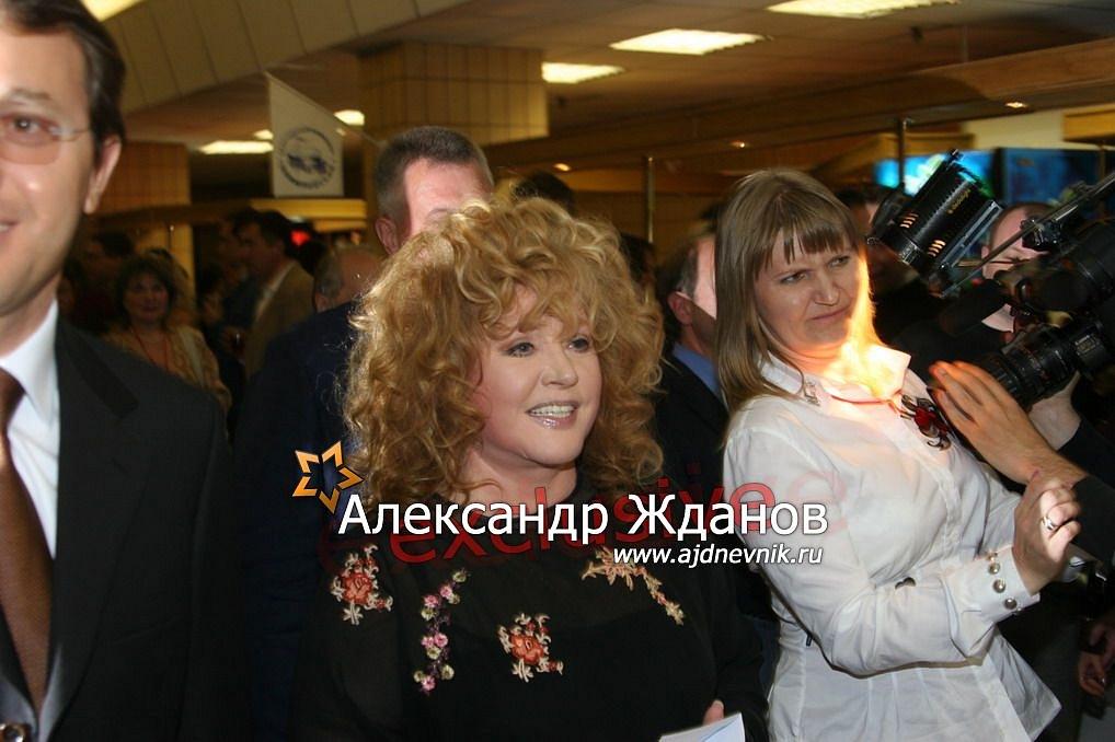 http://s9.uploads.ru/ZA9hY.jpg