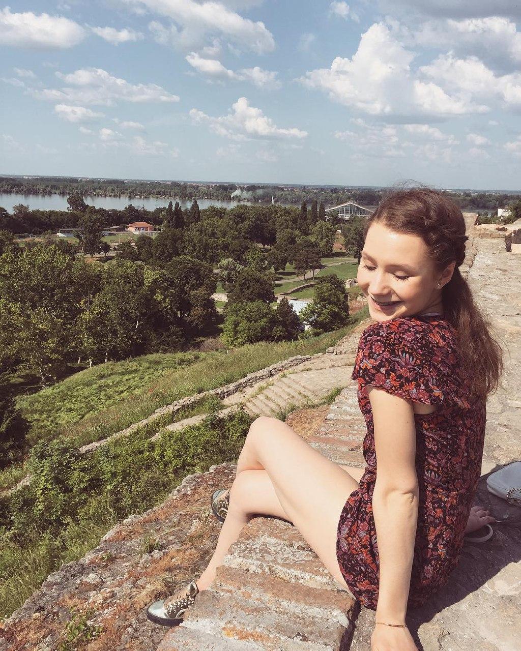 http://s9.uploads.ru/fmkHp.jpg