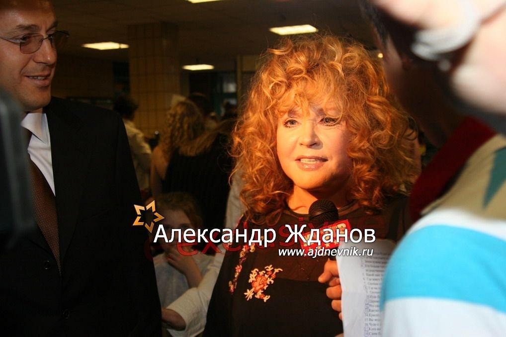 http://s9.uploads.ru/h8zwS.jpg