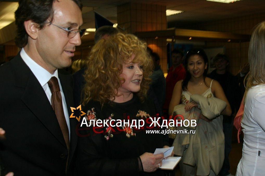 http://s9.uploads.ru/jhxWS.jpg