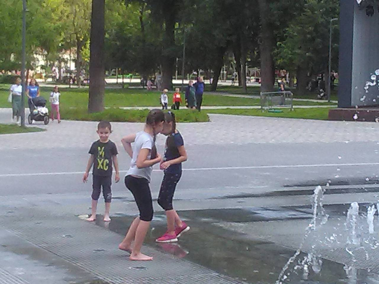 http://s9.uploads.ru/oUDOZ.jpg