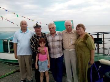 http://s9.uploads.ru/t/OiYvq.jpg