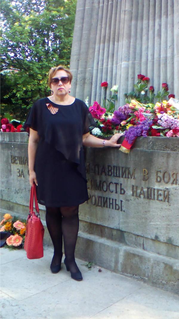 http://s9.uploads.ru/t/vdeTQ.jpg