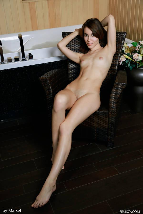http://s9.uploads.ru/t/zk1Qn.jpg