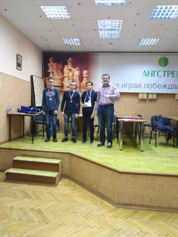 http://s9.uploads.ru/t/4JAWl.jpg
