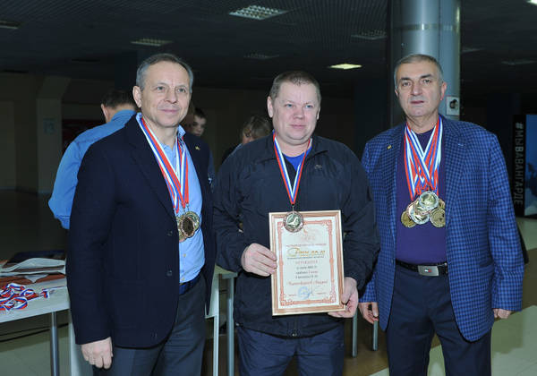 http://s9.uploads.ru/t/RbQul.jpg